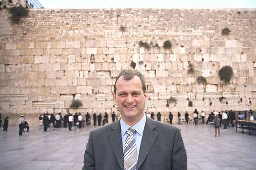 Le - presque - voyage de Louis Aliot en Israël