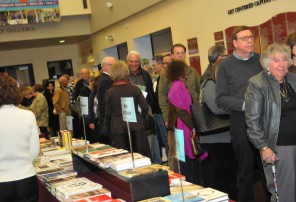 Salons du livre juif : guide de survie à destination des auteurs