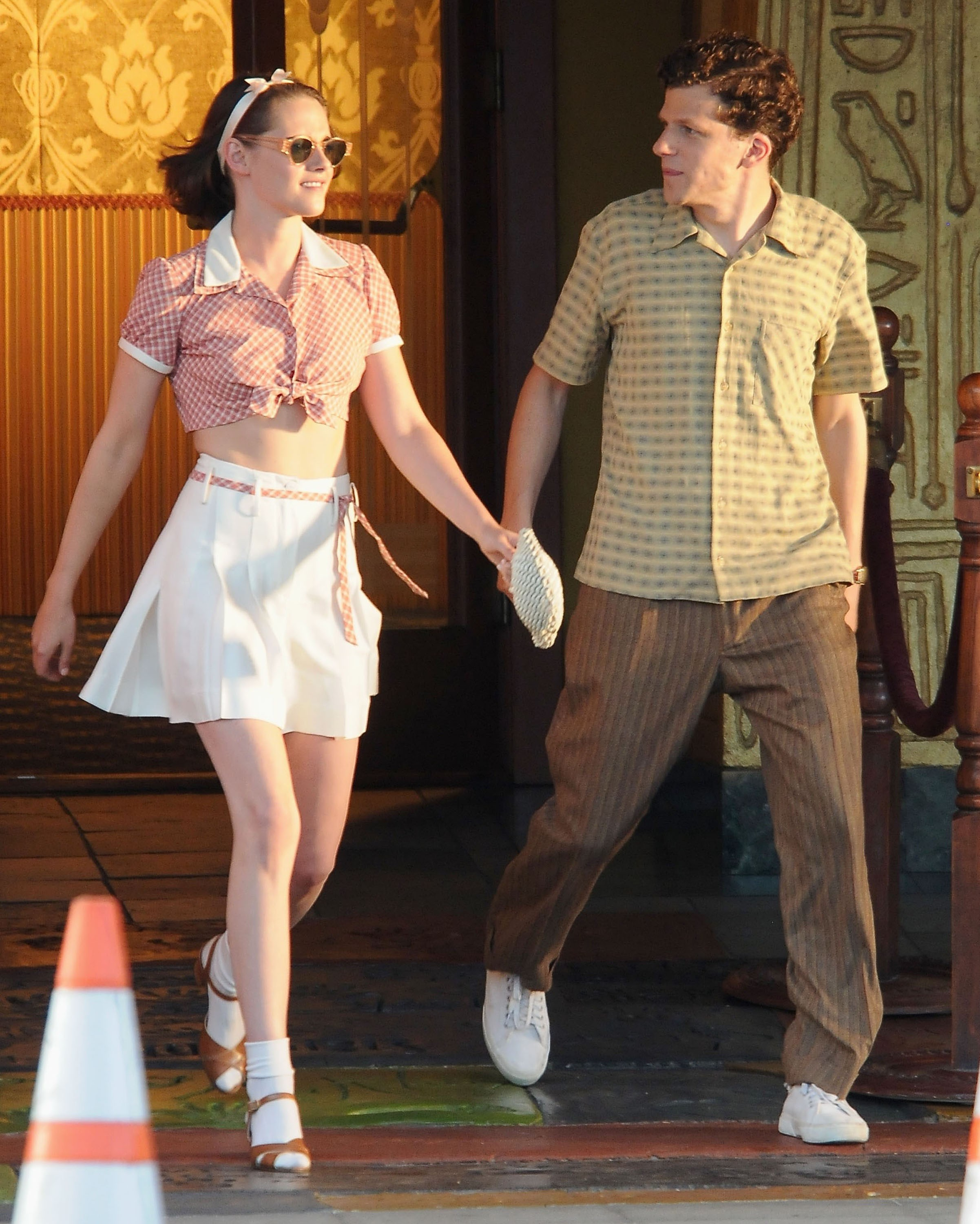 kristen-stewart-jesse-eisenberg-film-woody-allen-cafe-society-32916-25-compressed