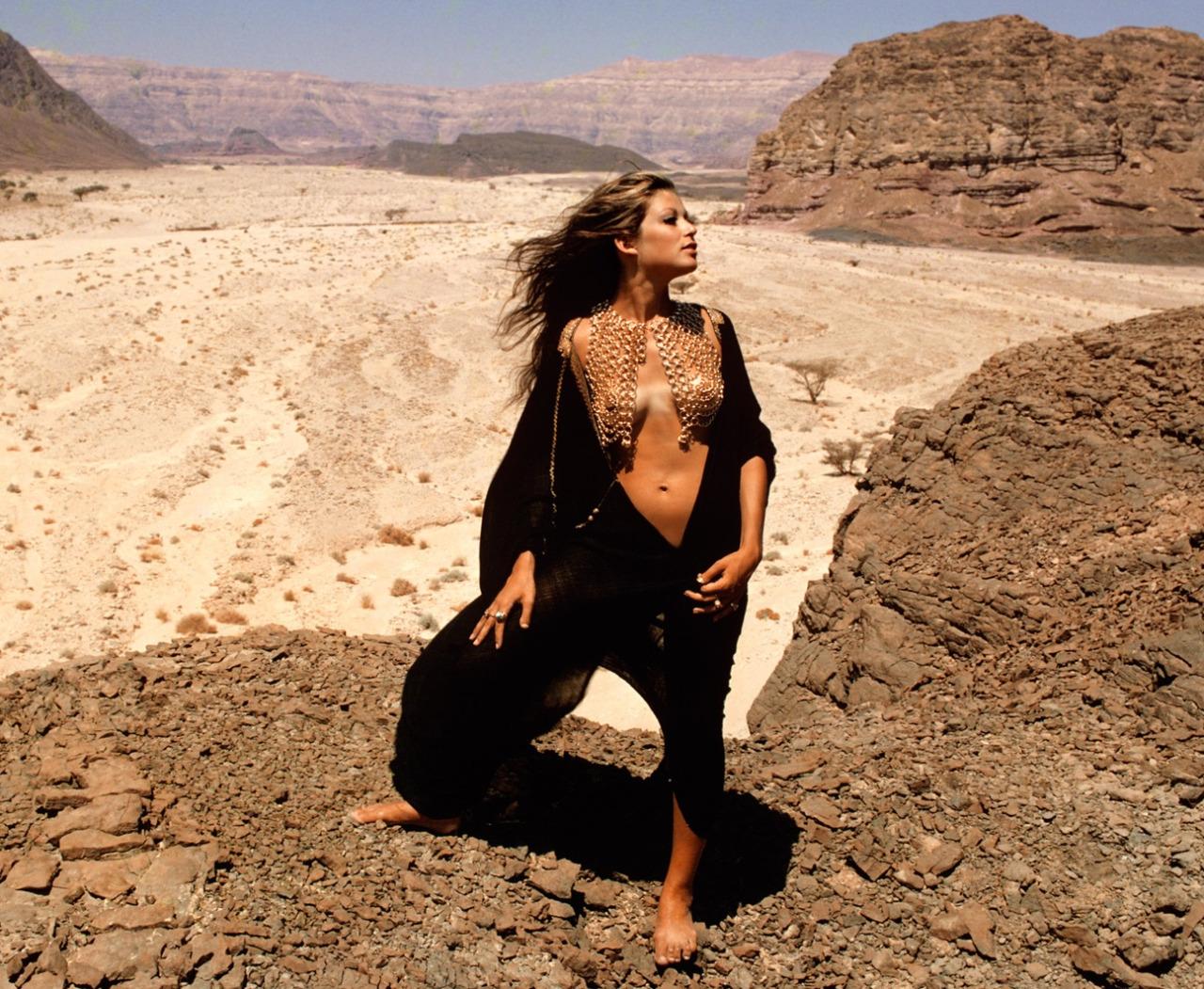 Playboy-Desert-Israel-JewPop