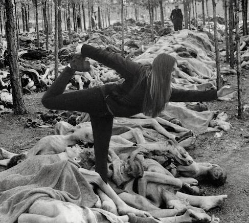 Yolocaust, le site qui ridiculise les selfies pris dans un camp d'extermination ou mémorial de la Shoah